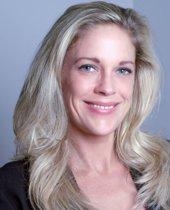 Deborah Persyn Headshot