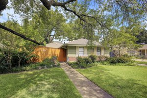 4110 Norfolk St - FOR SALE in Highland Village, Houston, TX 77027