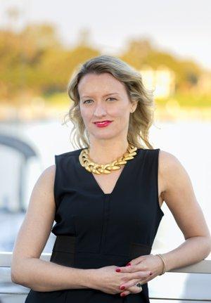 Erin Alls Sells Silicon Beach
