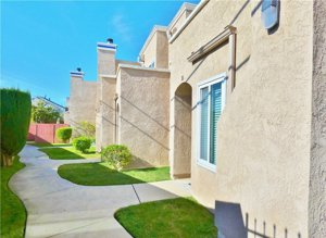 Loma Terrace Townhomes