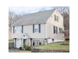 66 Dove Ave East Providence sold by Steve smith