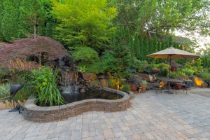 Victoria Lake Custom House for Sale in Gated Community