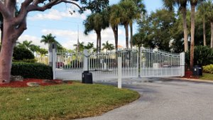 Sea Brook Place Jupiter FL Thom And Rory Team Gated Entry