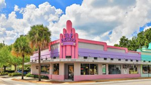 Art Deco Shop in College Park Florida