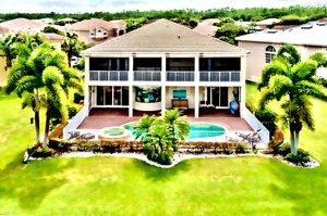Jonathan Burg Luxury Broker Selling SW Florida 2
