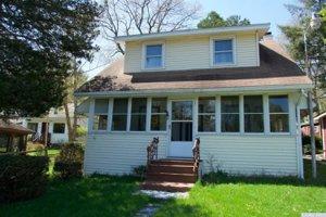 86 W Shore Dr, Kinderhook, NY 2