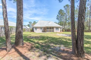 big fenced yard 412 grenedad court home for sale in mallory creek plantation winnabow nc