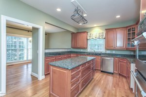 Home for Sale Leland Nc Grandiflora Southern Charm Golf Course Kitchen