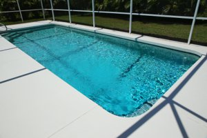 Find the perfect pool home in Venice Gardens, Florida