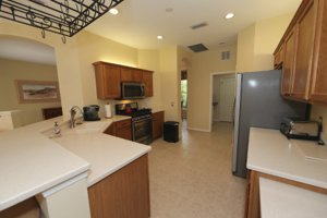 Stylish and open kitchen with new appliances  - 14124 Nighthawk Terrace - Lakewood Ranch