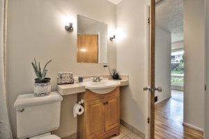 551 Dry Creek Road Monterey, CA bathroom picture