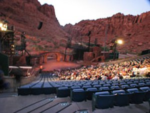 Tuacahn Amphitheater - Open to Red Rock Canyon