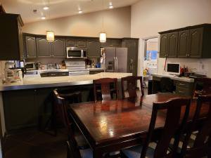 Large Kitchen 4 car garage pool home for sale
