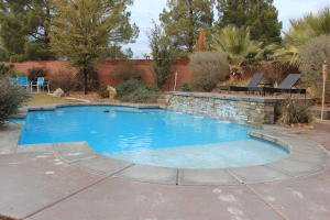 Pool home with 4 car garage St George Utah