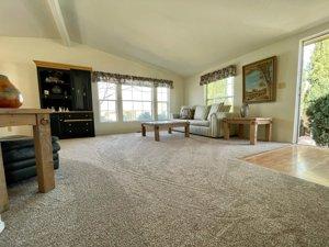 Lava Bluff Home For Sale