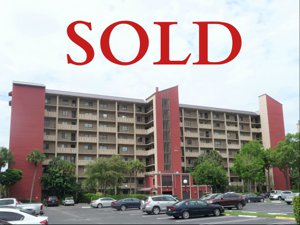 2200 S Cypress Bend Dr Apt 601 SOLD