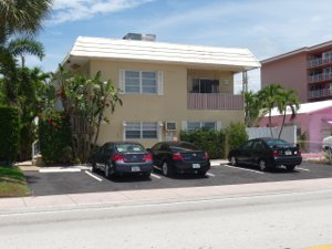 Rental listing in Lauderdale by the Sea
