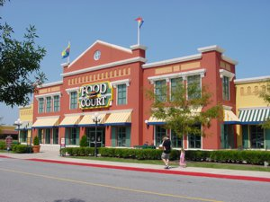 A shopping plaza near our real estate agents in Hagerstown, MD