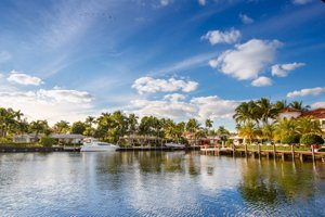 Search for a Lake Forest home and Lake Forest real estate.