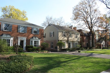 houses in Kenilworth Gardens Wilmette