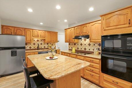 4055 W Dartmouth Avenue, Denver CO 80236 kitchen