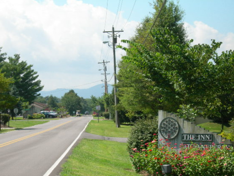 Homes for Sale in Baneberry TN