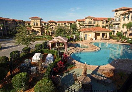 Bella Piazza Resort near Disney
