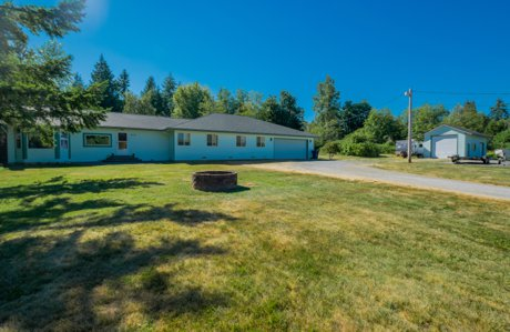 Lake Stevens home for sale, on 2 acres, listed and marketed by Persinger Group, local Lake Stevens real estate experts, marketing and video marketing experts.