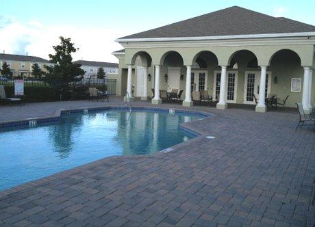 Savannah Pines Pool Complex