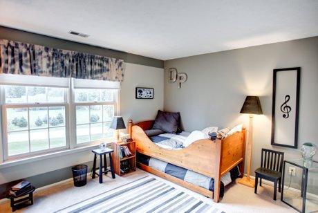 5 Bedroom House For Sale in Beavercreek