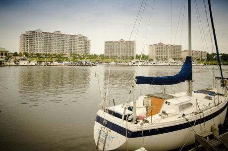 Barefoot Resort Marina