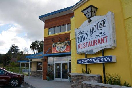 Oviedo's Town House Restaurant