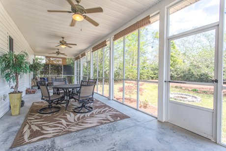 screened porch 10176 stoneybrook ct