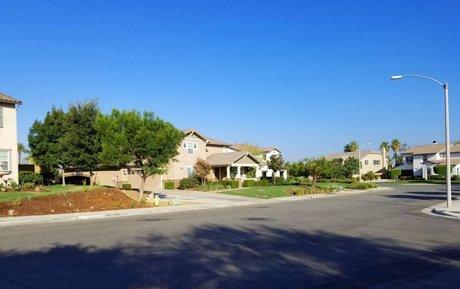 Sierra Heights houses