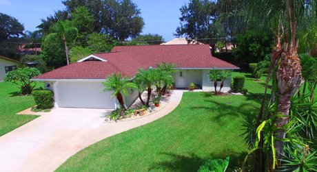 137 Hourglass Dr Venice fl 34293 is wonderful pool home
