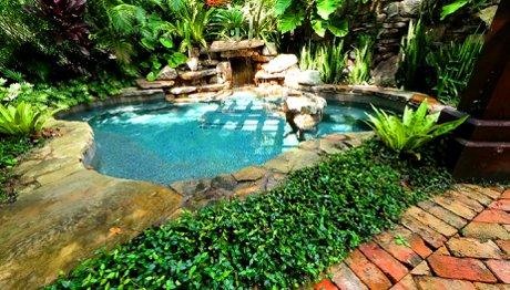 The sanctuary pool at Loma Linda in Sarasota, FL
