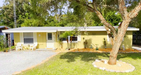 2215 Alice Rd in Sarasota, FL is for sale!