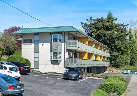 Renton Apatment Complex for Sale