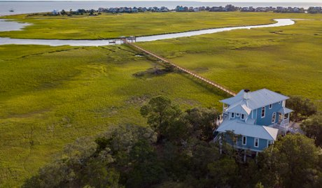 deep water home with private dock on Harbor Island SC