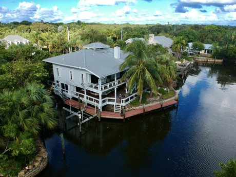 126 S Sewall's Point Rd, Sewall's Point, Fl