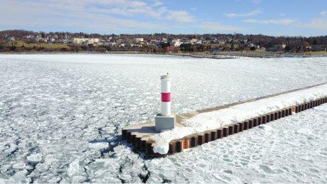 petoskey winter lighthouse lake photo