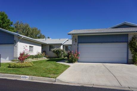 Lakecrest community homes in Orem Utah