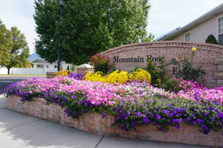 Mountain Rose Estates Front Entrance