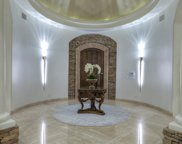 8229 N Ridgeview Drive, Paradise Valley image