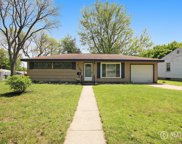 1106 Kentwood Drive Ne, Grand Rapids image