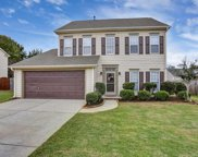 102 Crossvine Way, Simpsonville image