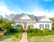 6704 Chimney Hill Rd, Crestwood image