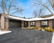 630 Lakeview Court, Roselle image