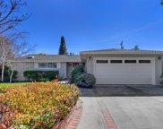 3727 Country Club Drive, Redwood City image