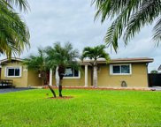 8561 Nw 11th St, Pembroke Pines image